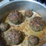 اللحم المحشو بالبيض بعد خروجها من الفرن