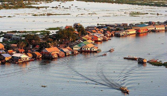 كمبوديا Tonle-Sap.jpg