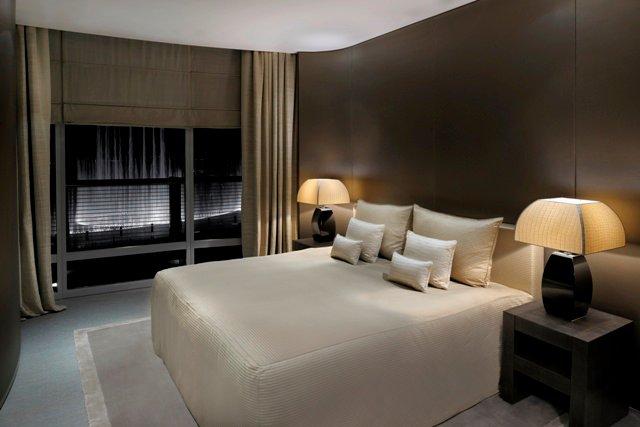 اللون الابيض بغرف نوم الفنادق | المرسال
