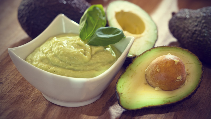 اقنعة للشعر طبيعية Avocado-mask.jpg