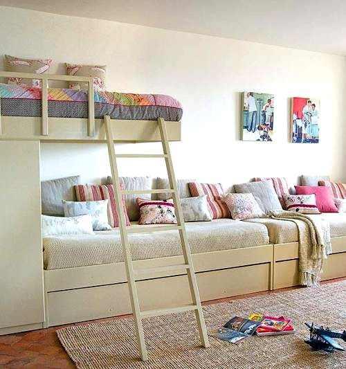 Two Kids Room: ديكورات غرف نوم ثلاث بنات باللون البيج