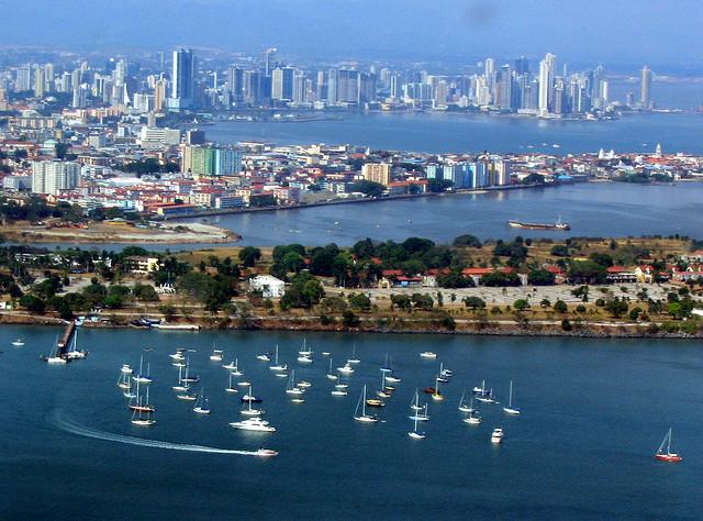 الأماكن السياحية Panama-City.jpg