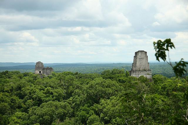 الأماكن السياحية Tikal.jpg