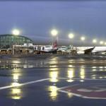 مطار دبي الدولي .. (فيديو )