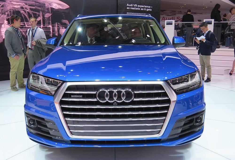 شاهد الجيل الجديد من اودي q7 في قطر Interface-Audi-Q7-20