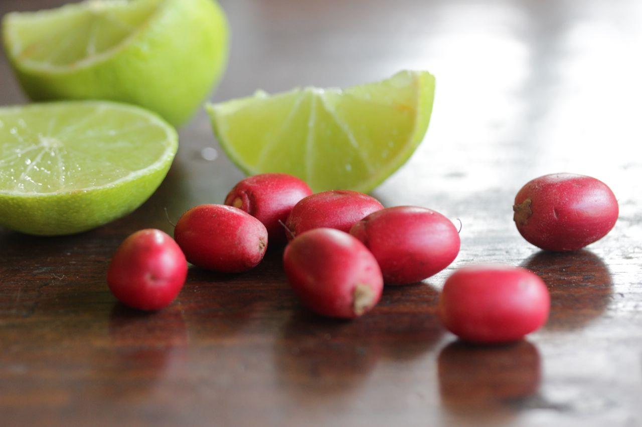 Miracle Fruit Miracle Fruit  Strange fruits that surprise you Strange fruits that surprise you Miracle Fruit