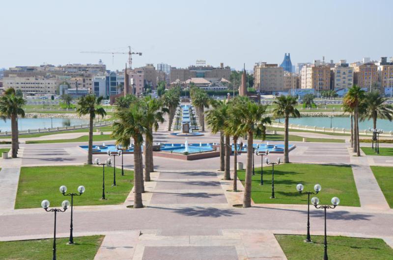 رحلة الى مدينة الخُبر بالمملكة العربية السعودية Prince-Faisal-bin-Fa