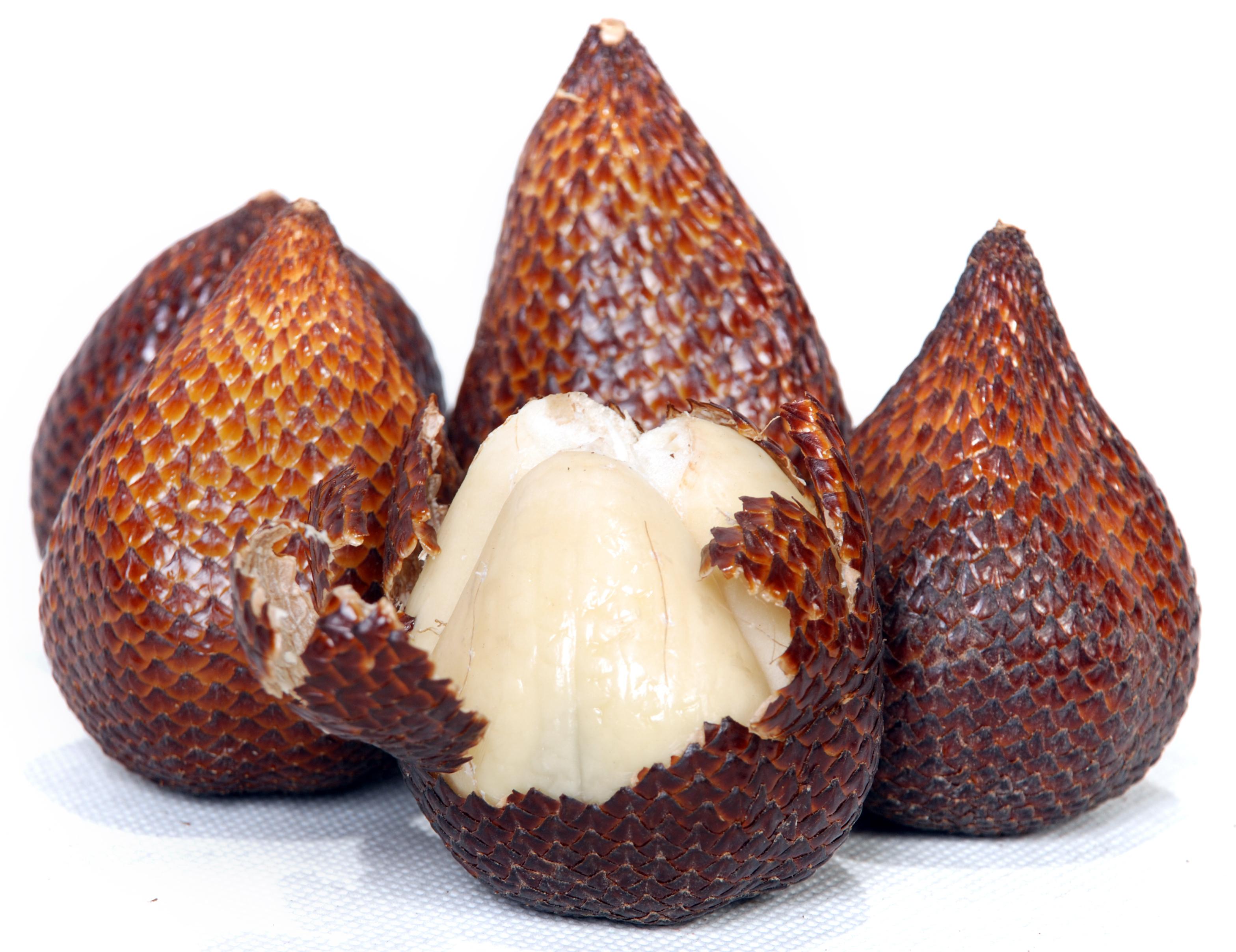 Salak Salak  Strange fruits that surprise you Strange fruits that surprise you Salak