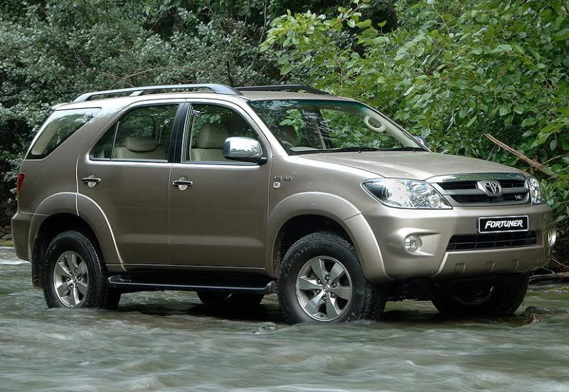 Toyota Fortuner 2011 المرسال