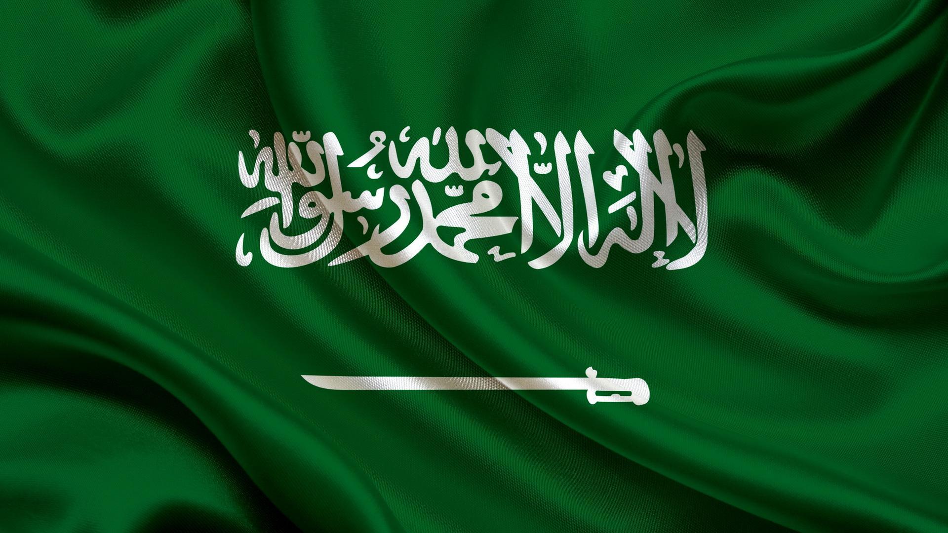 المدفعية السعودية ترد بقوة على هجوم الحوثيين على #الطايف_الان