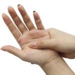 اسباب و علاج حساسية باطن الكف والقدم