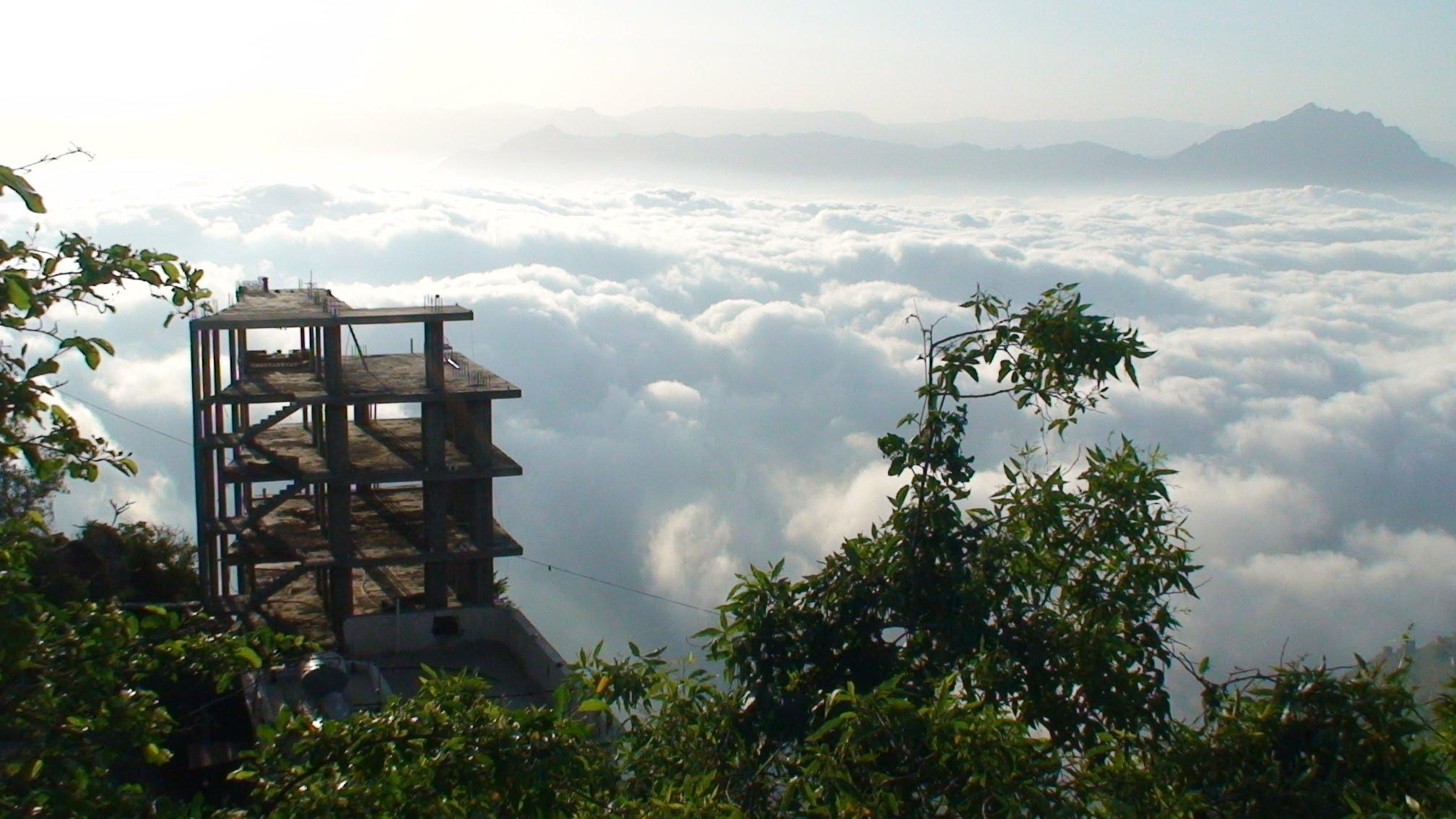 حدائق معلقة في جبال فيفاء