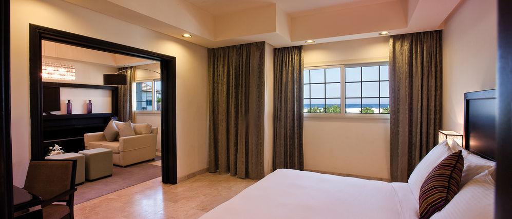 غرفة نوم في موفنبيك الخبر | المرسال