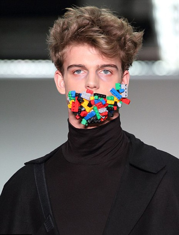 """Mouth covered with ligo cubes in men's fashion show Men's Fashion Show """"Cool Man"""" Men's Fashion Show """"Cool Man"""" mouth covered with blocks"""