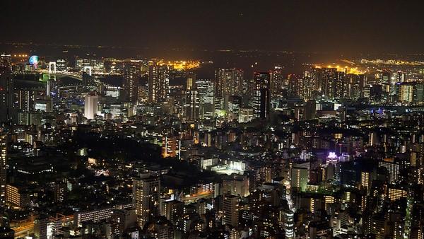 قباب وناطحات طوكيو