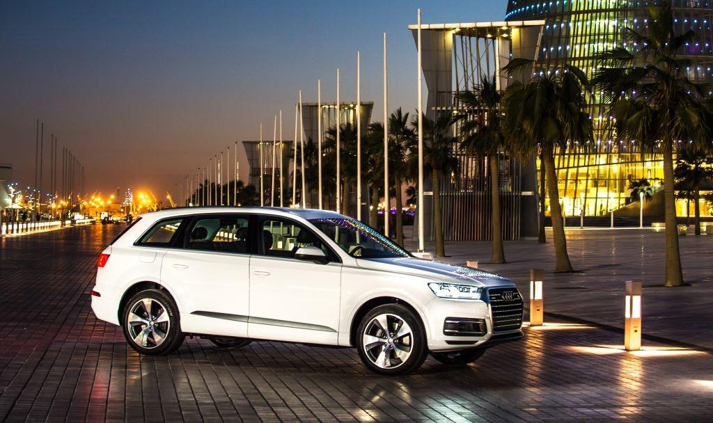 شاهد الجيل الجديد من اودي q7 في قطر Audi-Q7-2016-In-Qata