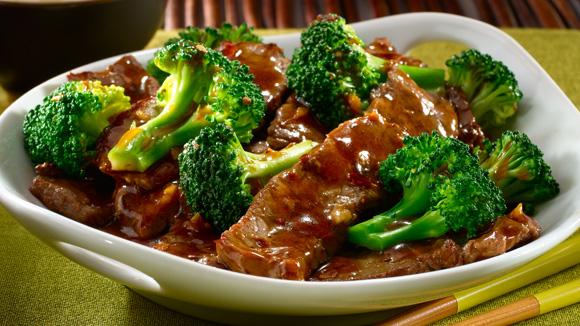 طبق جاهز من اللحم والبروكلي مميز وبطعم رائع
