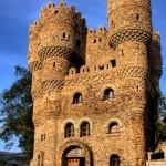 قلعة خرافية من حجارة الأنهار
