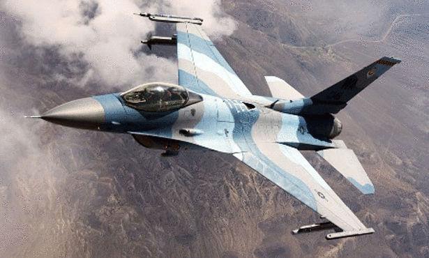 افضل طائرة حربية F-16-Fighting-Falcon