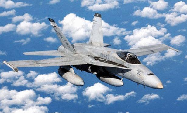 افضل طائرة حربية F-A-18-Hornet.jpg