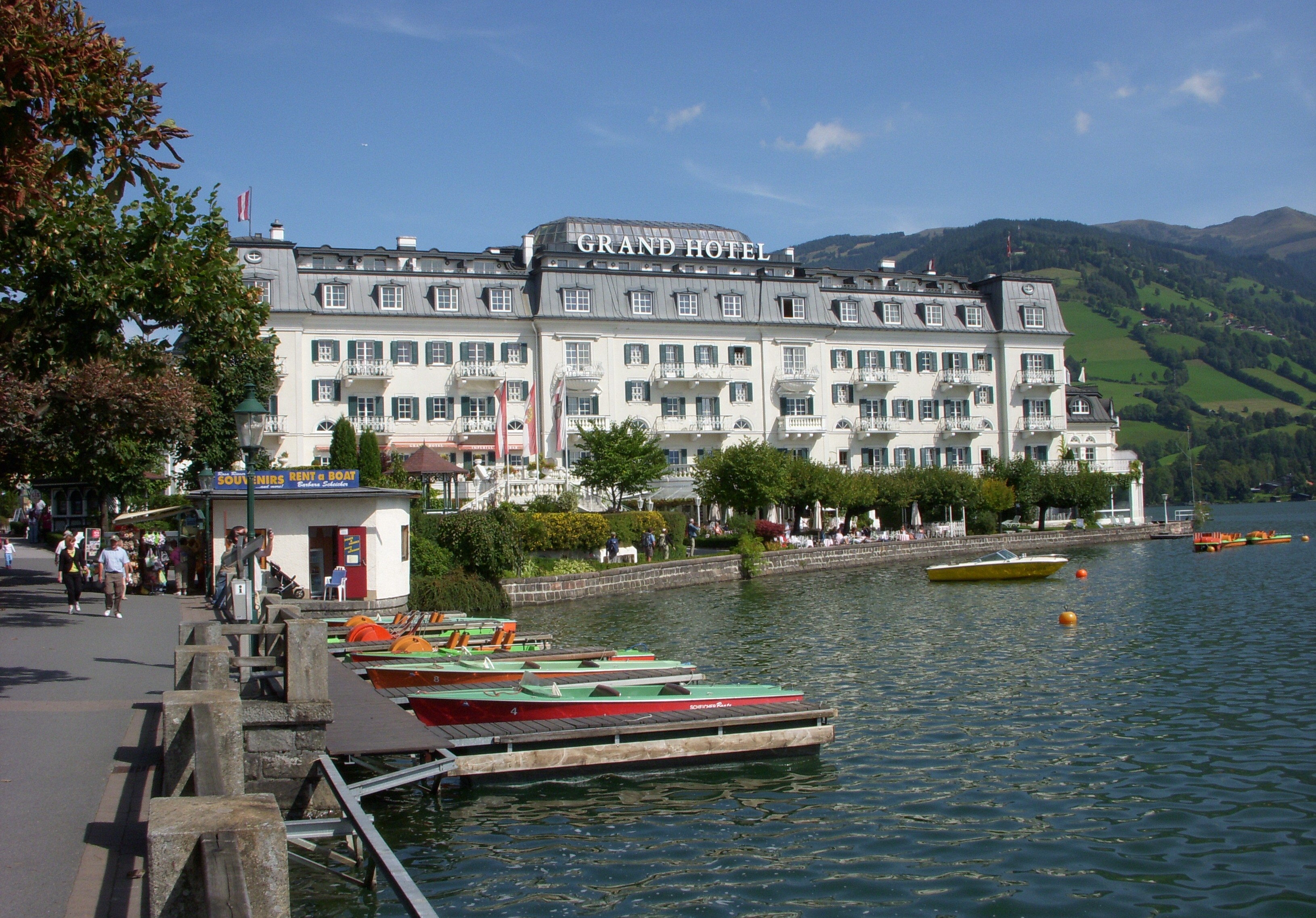 Ginral travel tourism tourism in zell am see and the for Designhotel zell am see