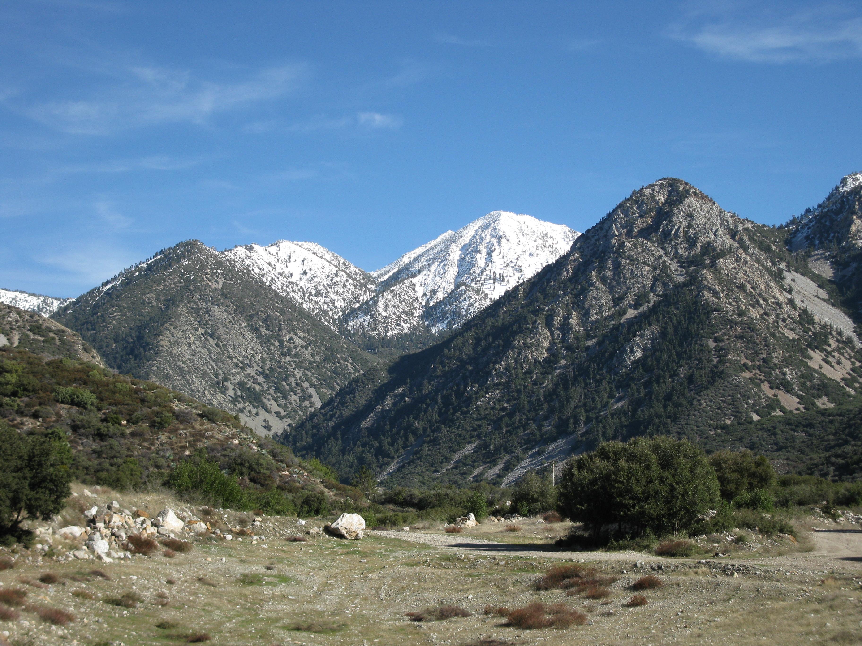 San Gabriel Mountains >> جبال سان غابرييل | المرسال