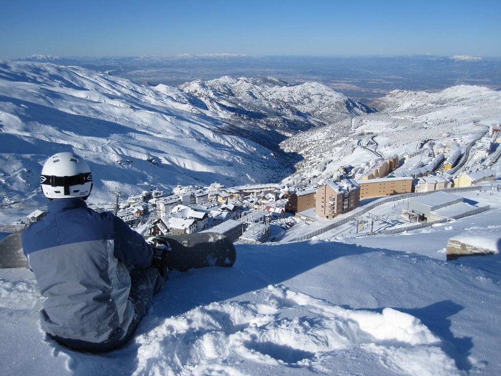 رياضة التزلج في جبال سييرا نيفادا