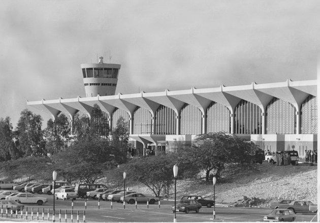 مطار دبي قديماً