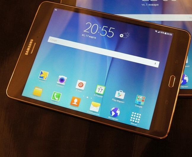 الجهاز اللوحي Samsung Galaxy Tab A 8.0 باللون الاسود
