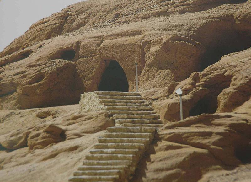 من قصص القرآن .../ قوم مدين : أصحاب الأيكـــــــــــــــــــة Caves-Kingdom-owes