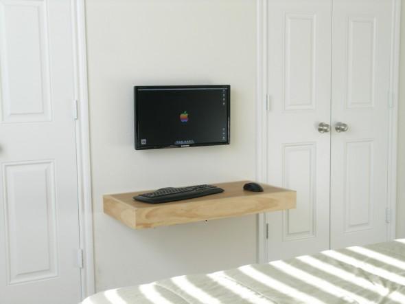 طاولة كمبيوتر بغرفة ضيقة فكرة جديدة