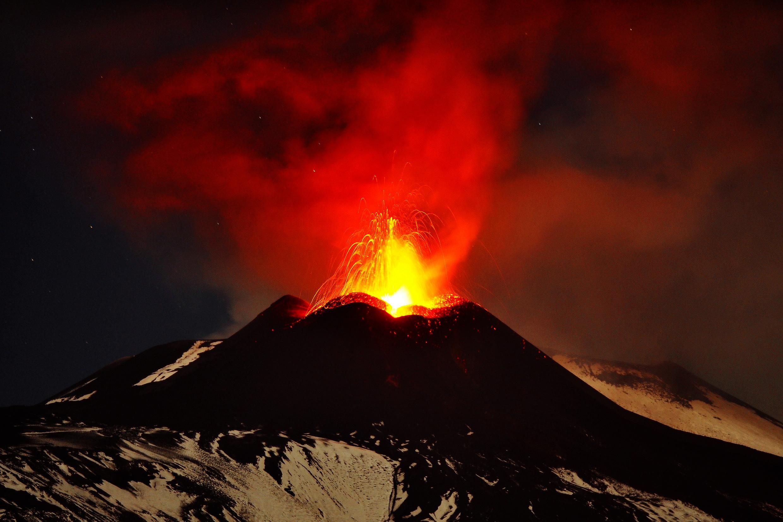 أنشط بركان في العالم