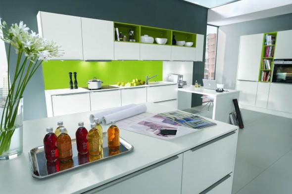 لون ابيض دواليب المطبخ الرائع