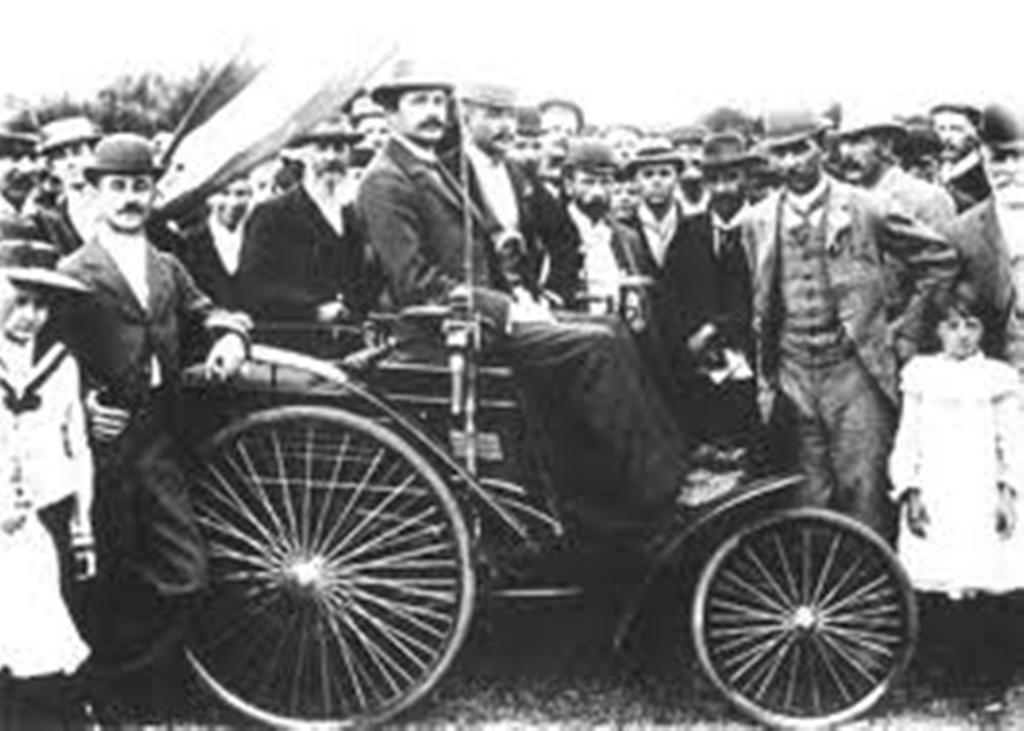 قصة نجاح شركة مرسيدس بنز للسيارات - المرسال