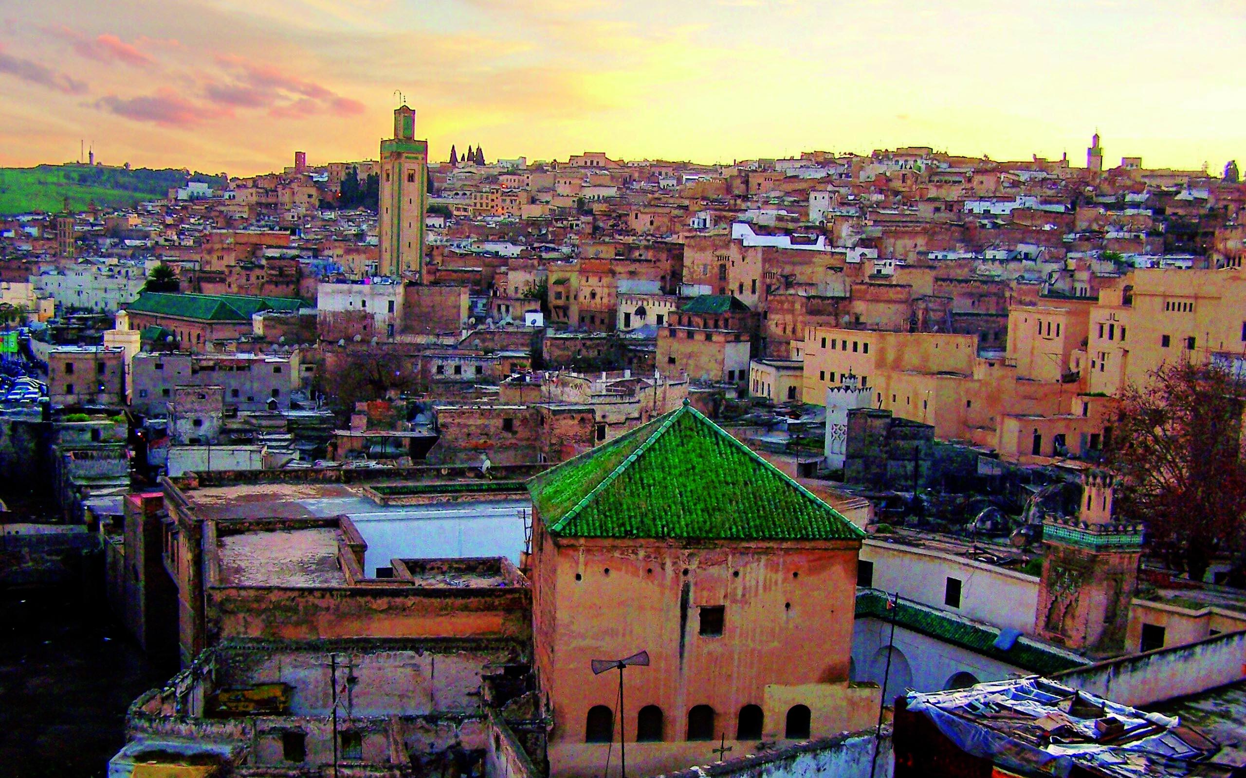 مونتاج لمجموعة صور لمدينة مراكش