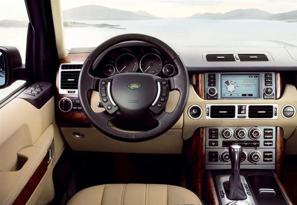 The interior of the range rover 2007 model for Interieur sport