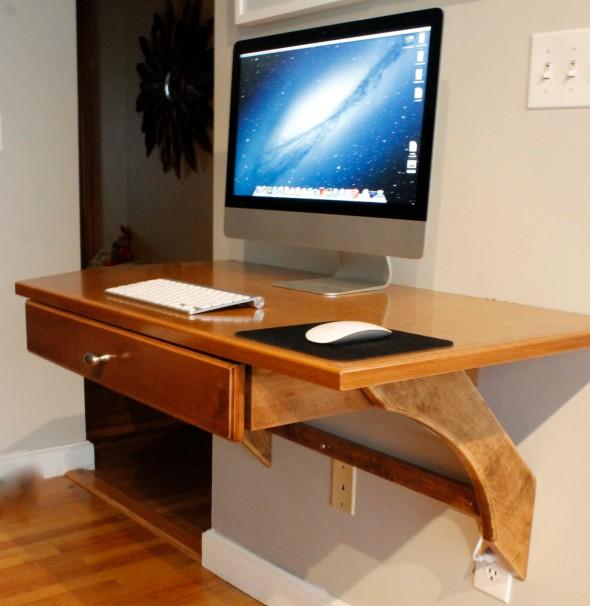 موديل طاولة خشبية للكمبيوتر