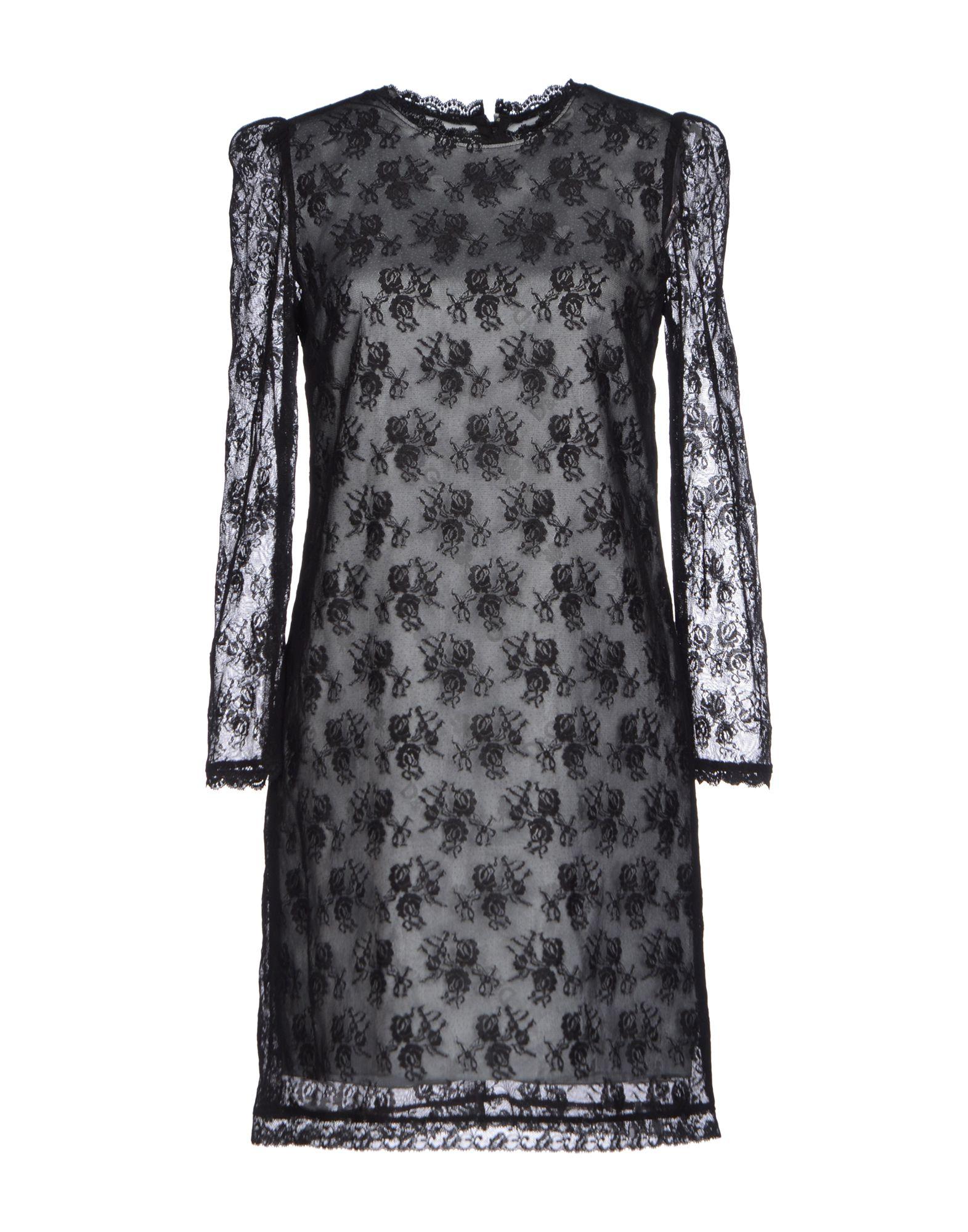 فستان أسود دانتيل من دولتشي أند جابانا