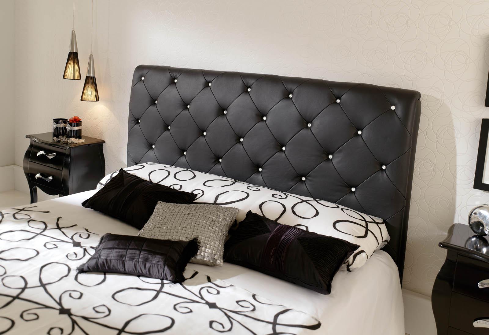 سرير غرفة نوم من الجلد | المرسال