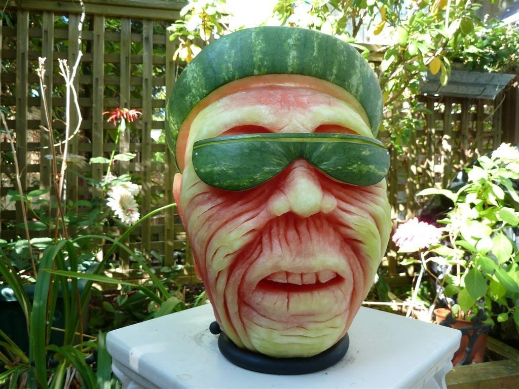 النحت البطيخ