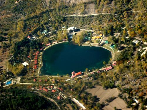 """بحيرة شانجريلا """" بحيرة القلب"""
