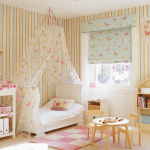 Spacious girl's bedroom - 226119