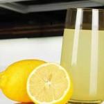 هل يمكن للحامل شرب عصير الليمون