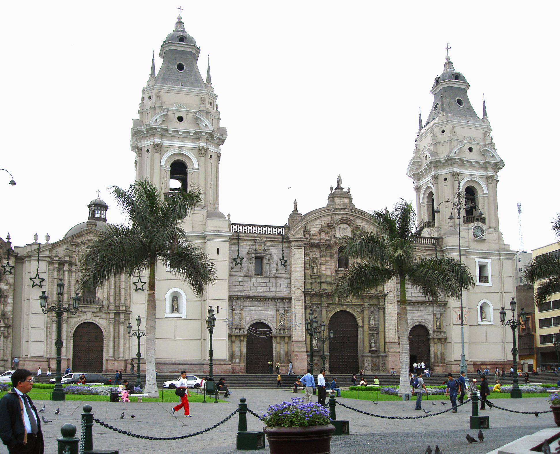 the industrial and financial center of Peru