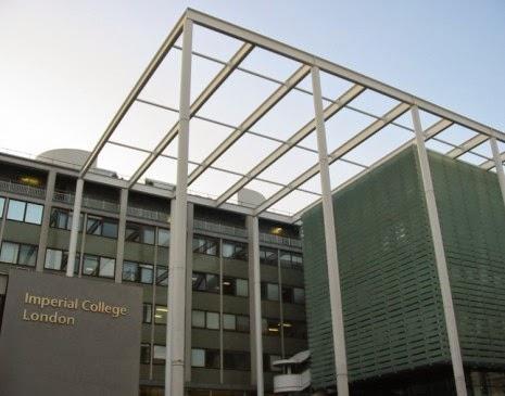الكلية الملكة في لندن