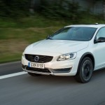 سيارة فولفو الجديدة Volvo S60 Cross Country 2016