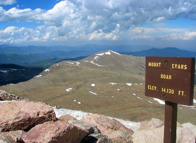 The road leading up Mount Evans