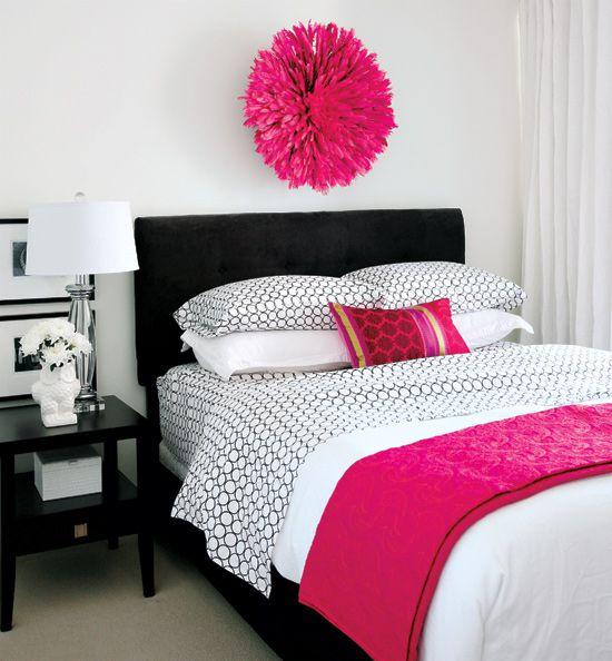 غرفة نوم وردية