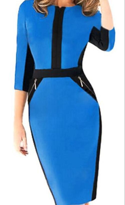 فستان أزرق وأسود