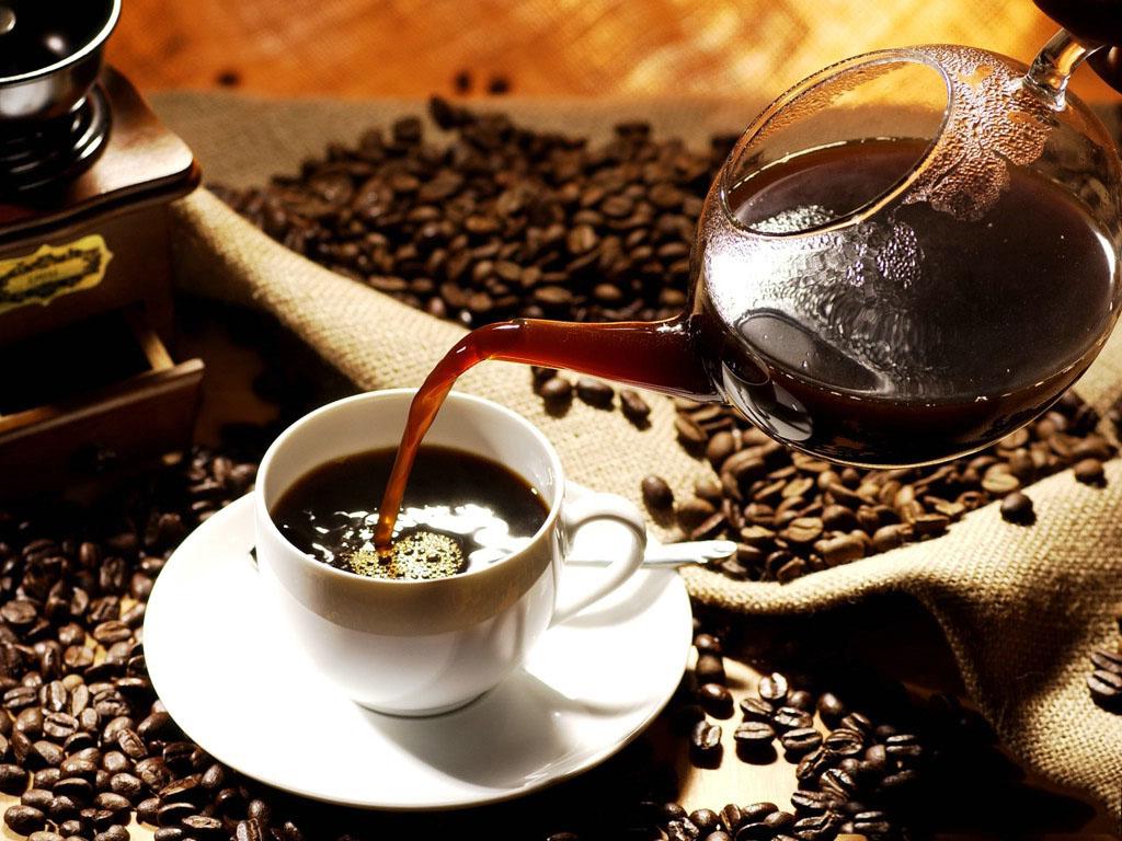331fec77f1d2e مخاطر الاكثار من شرب القهوة